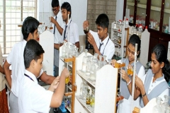 crescent-school-chemistry-lab