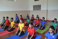 crescent-yoga-day-2018 (3)